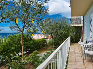 Apartments Sipa - Garden One Bedroom Apartment with Balcony and Partial Sea View