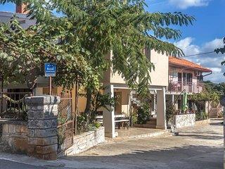 Beautiful home in Valtura w/ 1 Bedrooms (CIC137)
