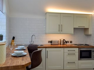 Kinder Apartment - UK12957