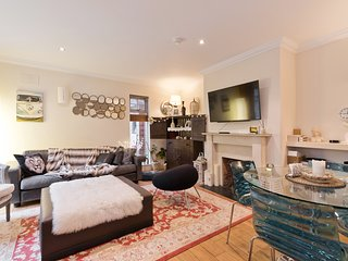 COMFORTABLE FAMILY HOME in D4 SEA,RDS AVIVA