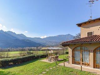 Villa Paradiso (IVC300)