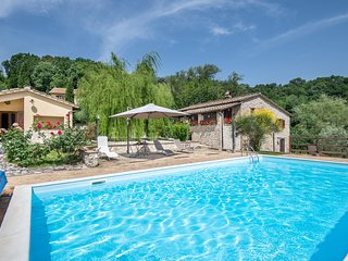 Nice apartment in Narni w/ Outdoor swimming pool and 1 Bedrooms (IUS285)