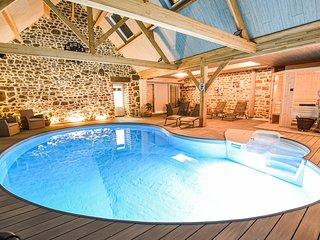 chambres d'hotes la brocherie 1 piscine interieur chauffe spa sauna