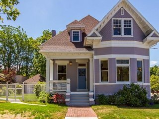 Victorian Charm 4 bedroom in Downtown SLC walking distance to Liberty Park