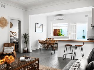 BEACH COTTAGE IN BONDI