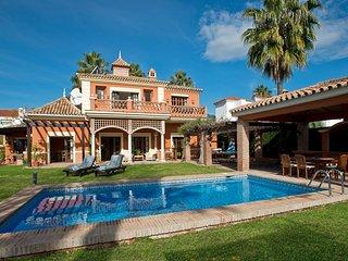 Large 5 bed villa close to golf and Puerto Banus sleeps 10