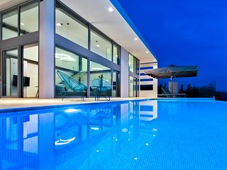 -15% At Luxury Villa BlueInfinity with Private Pool &SeaViews For EarlyJulyDates