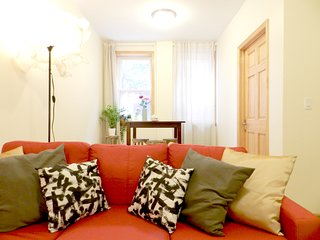 Astoria Queens. A Perfect Room to Stay in 3BR2BA