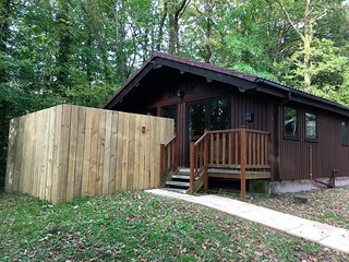 Snowdrop 9 Hot Tub-Woodlandlodges-Pembrokeshire