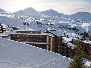 Appartement Modeste dans les Alpes du Nord | Skiez Paradiski + Accès Piscine