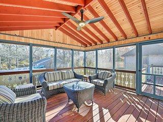 NEW! Martha's Vineyard Cottage w/ Wraparound Porch