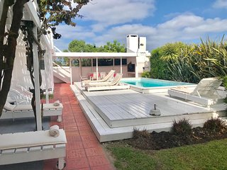 La Barra, sea views 4 en suite bedrooms pool for 9
