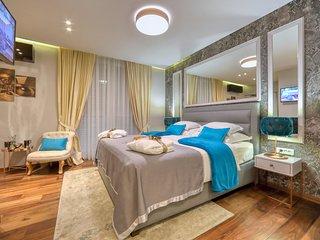 Luxury rooms Kadena Bronze
