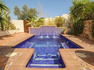 Stunning Villa with Idyllic Moorish Gardens. Plunge Pool and 8 mins to Mojacar