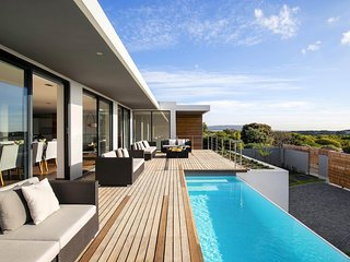 Agreat choice for an amazing vacational experience wail in Cape Town