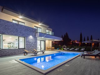 Villa Domenica with Heated Pool