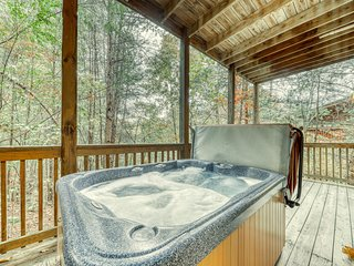 Cozy mountain cabin w/ a private hot tub, game room, & shared pool access!