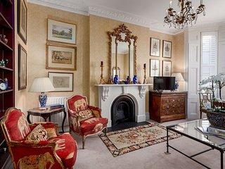 Elegant Kensington Nest - FFL