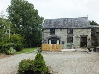 GNOL BYRE, 1 bedroom, Pembrokeshire
