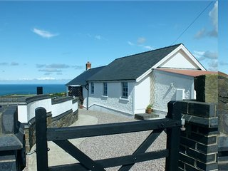 NANTMAWR COTTAGE, 2 bedroom, Ceredigion