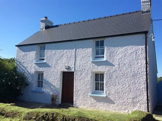 TY GWYN, 3 bedroom, Pembrokeshire