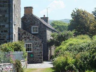 THE RETREAT, 3 bedroom, Pembrokeshire