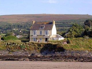 BETTWS, 3 bedroom, Pembrokeshire