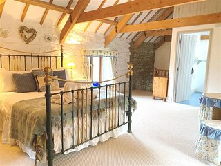 STABLE COTTAGE, 1 bedroom, Pembrokeshire