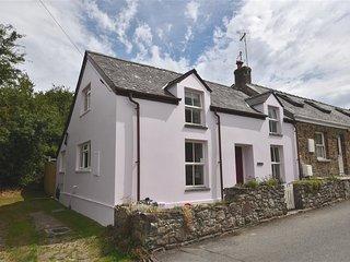 PANTEG COTTAGE, 2 bedroom, Pembrokeshire