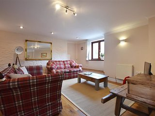DENANT MILL BARN, 1 bedroom,