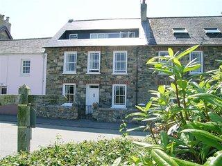NEVERNDALE, 4 bedroom, Pembrokeshire