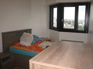 2 Chambres a louer dans grand appartement
