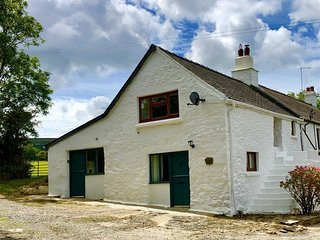 Little Barn Cottage, Dinas Cross