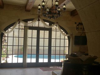 Kullarina - Holiday Farmhouse with Private Pool in Island of Gozo