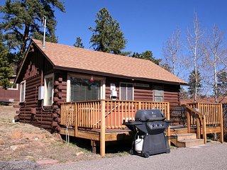 Lazy R Cottages: 3