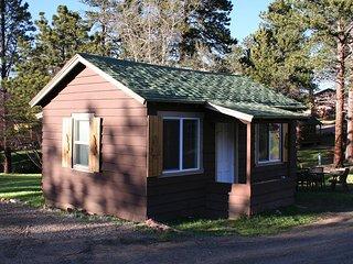 Triple R Cottages: 6 - House
