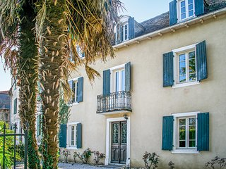 Stunning home in Salies de Béarn w/ 4 Bedrooms (FAP065)