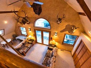 ☆Bozeman Trail Barn // CLEAN & Highly Discounted Home☆ Sleeps 16+