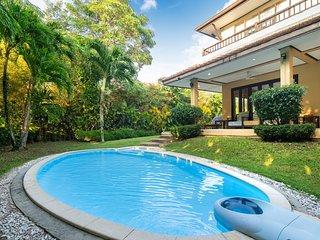 Nai Yang Beach House - King-beds Parking Pool