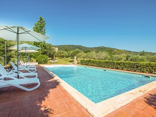 Awesome home in Panicale w/ Outdoor swimming pool and 6 Bedrooms (IUT263)