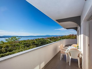 Beautiful home in Crikvenica w/ WiFi and 2 Bedrooms (CKC909)