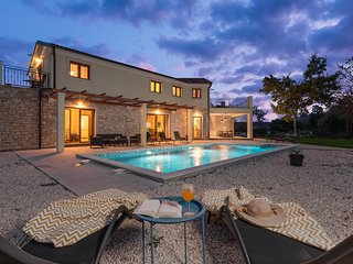 Beautiful home in Bale w/ Outdoor swimming pool and 4 Bedrooms (CIV697)