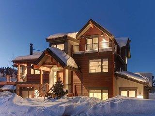 Modern Mountain Luxury Retreat