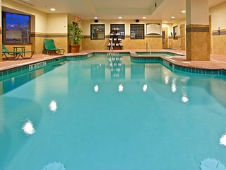 Equipped Suite Just 15 minutes from Indianapolis International Airport | Pool