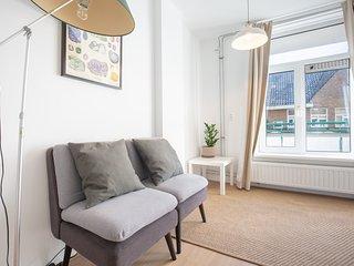 Private studio in shared apartment