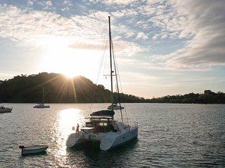 BALAO, catamaran de croisière, LAGOON 380