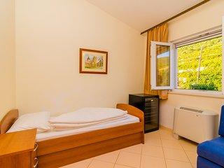 Pansion Villa Antonio - Two Bedroom Suite Family 12
