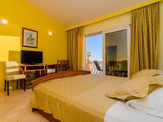 Pansion Villa Antonio - Two Bedroom Suite Family 18