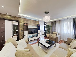 Private 5 star Apartment Deluxe ★ Terrace & City View