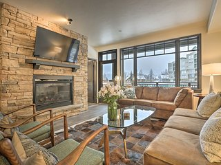 NEW! Updated Condo, Free Shuttle to Copper/Breck!